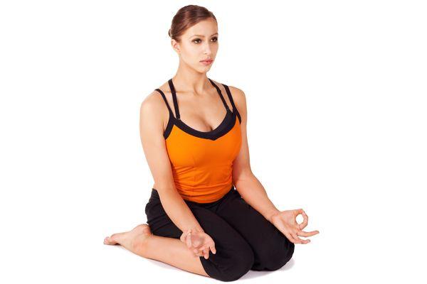 Поза бабочки в йоге: пошаговая техника выполнения баддха конасаны с фото и видео