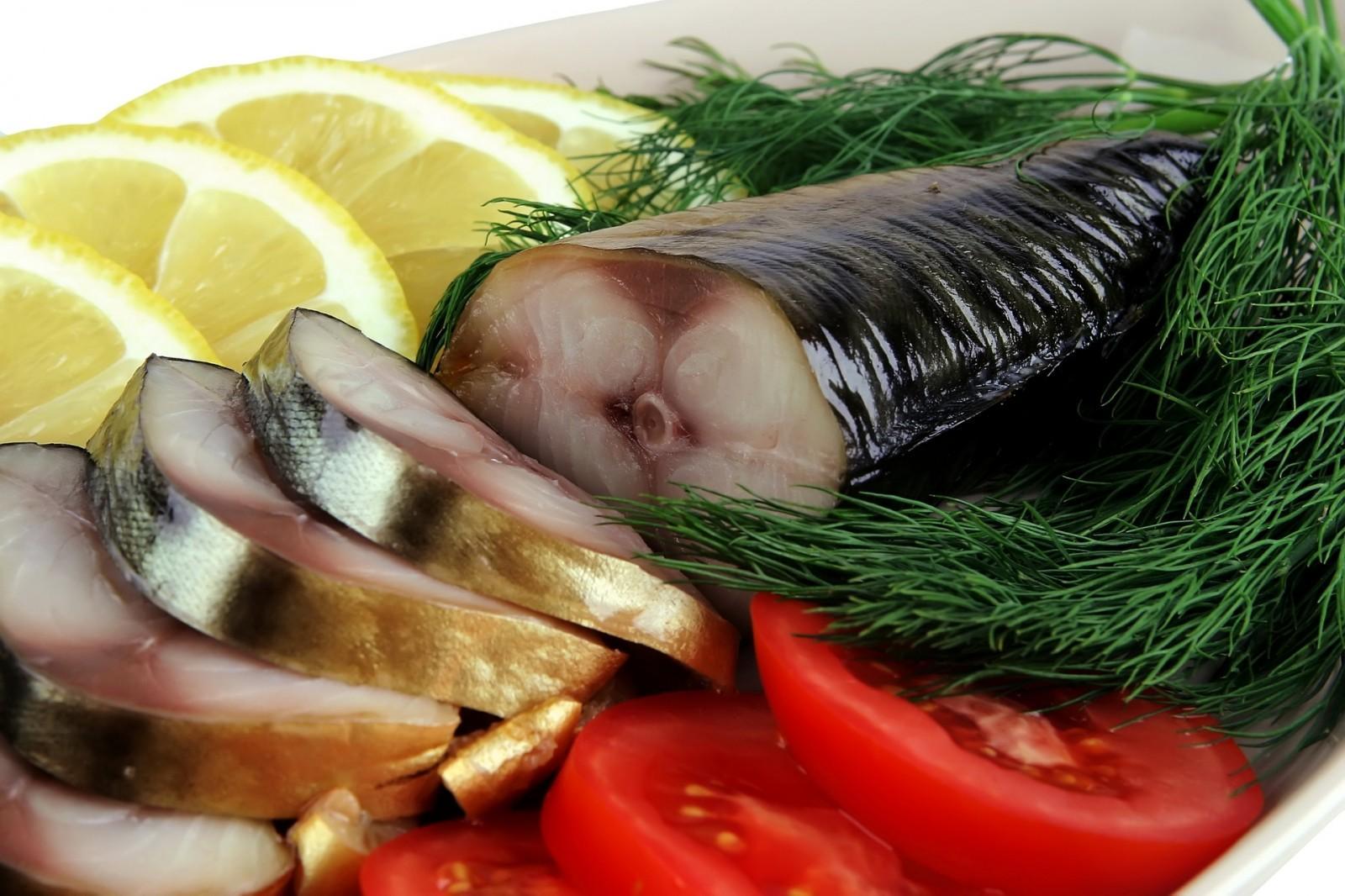 Как выбрать рыбу на новогодний стол 2020, чтобы не отравиться | информатор киев