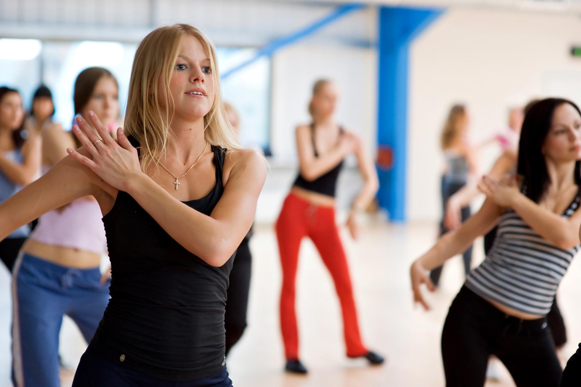 Аэробика для похудения: лучшие программы для начинающих и опытных спортсменов