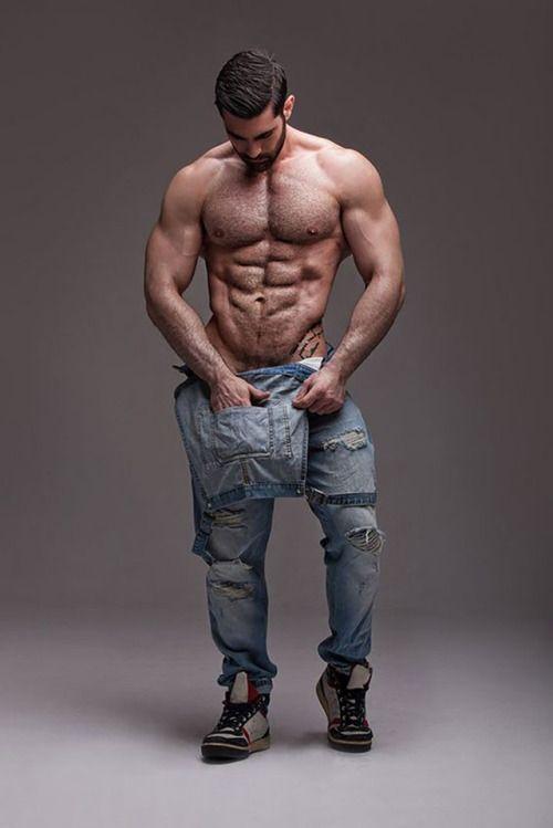 Картинки_мускулистый_человек