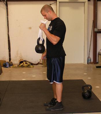 Упражнения с гирей на грудные мышцы лучший комплекс