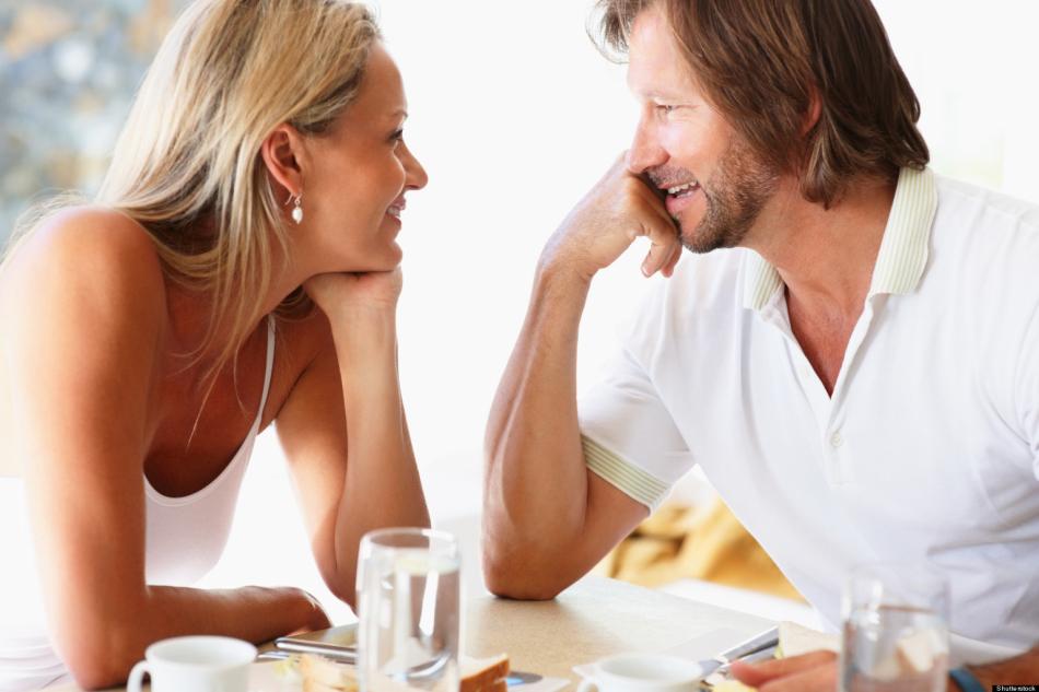 Что привлекает мужчин в женщинах: внешность, характер, поведение