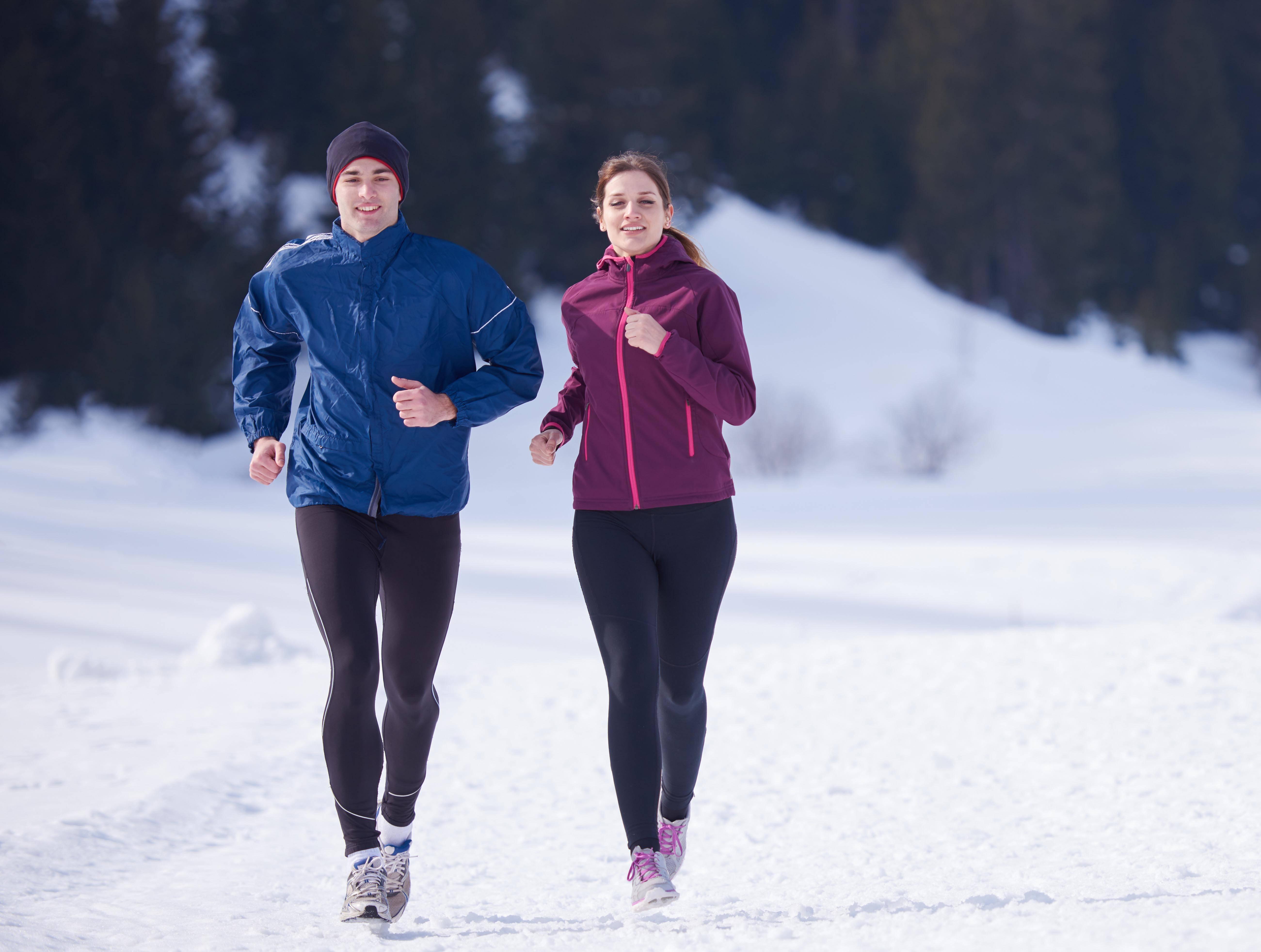 Эффективен ли бег зимой для похудения?