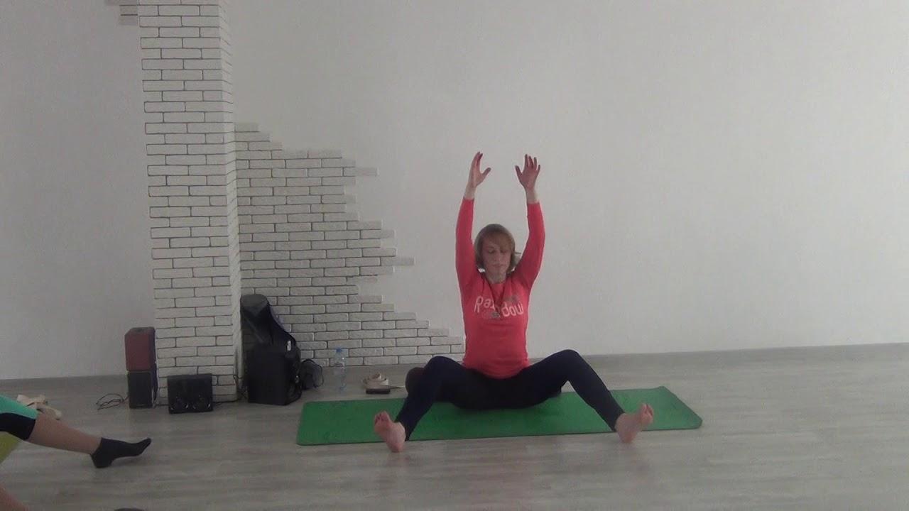 Упражнения для плеч в домашних условиях, тренировка плечевого пояса дома