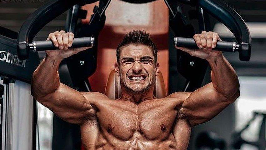 Жим в хаммере на грудные мышцы – техника выполнения с фото