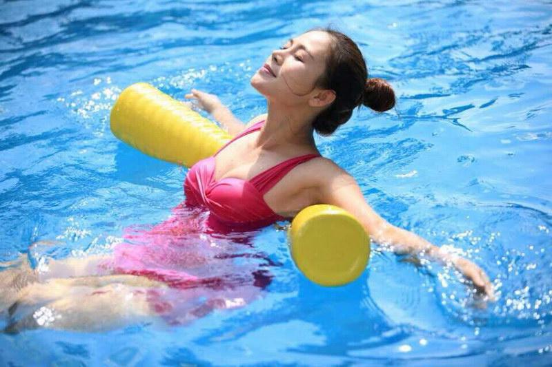 Сколько нужно плавать в бассейне чтобы укрепить мышцы и позвоночник
