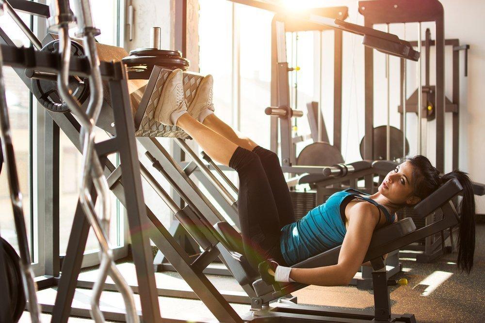 Лучшие упражнения на мышцы ног — тренировка в зале