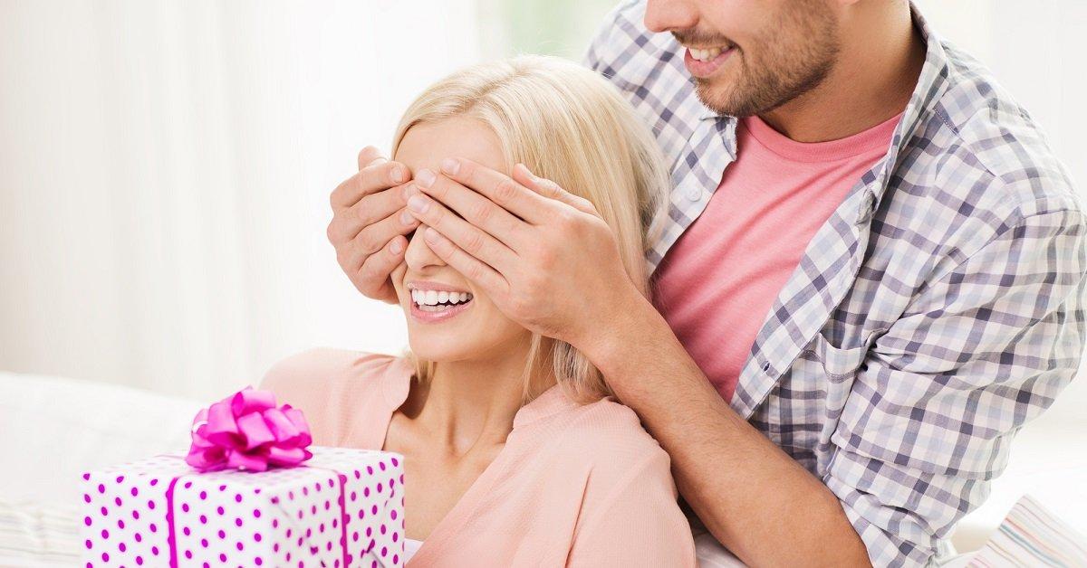 Значение подарка: какие подарки можно дарить, а какие подарки нельзя дарить?