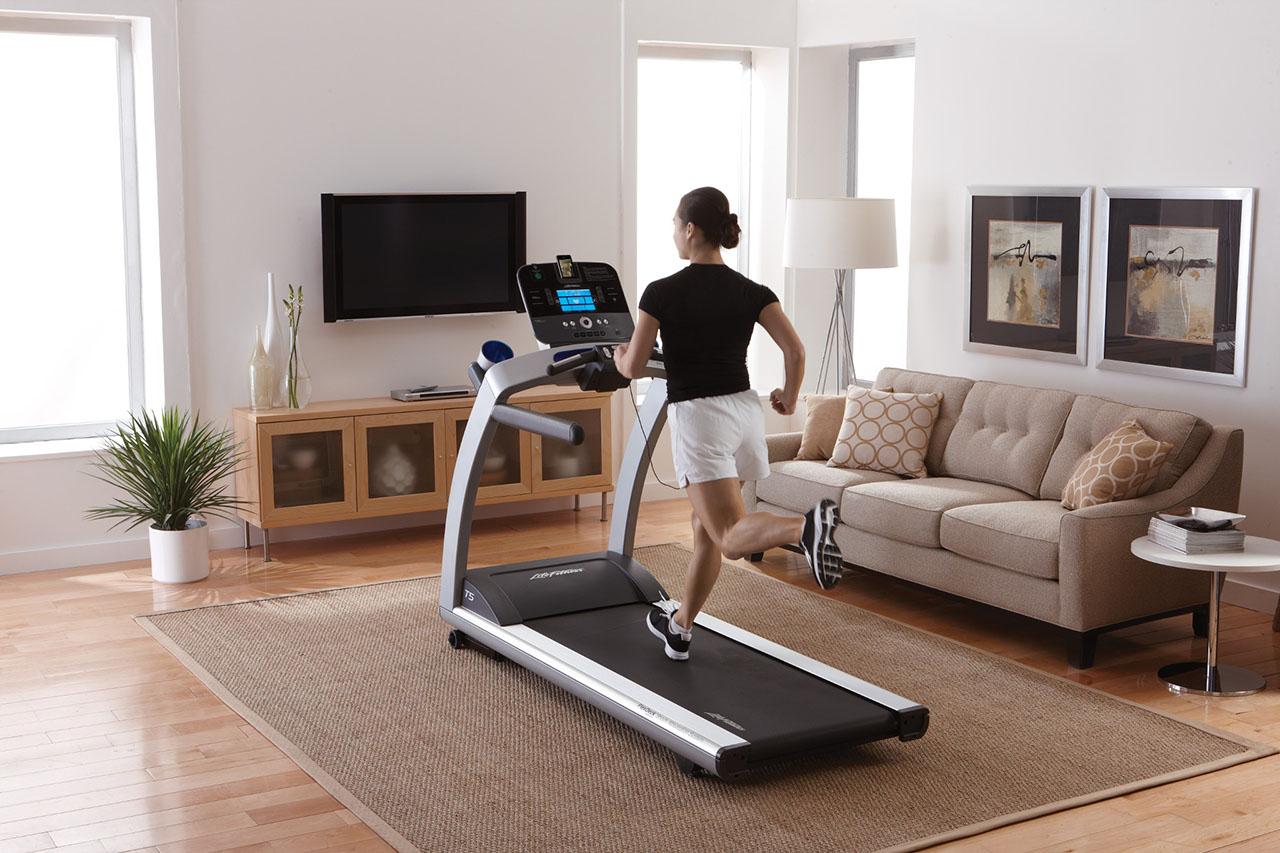 Как выбрать беговую дорожку для дома правильно – какие разновидности лучше для бега и ходьбы в квартире?