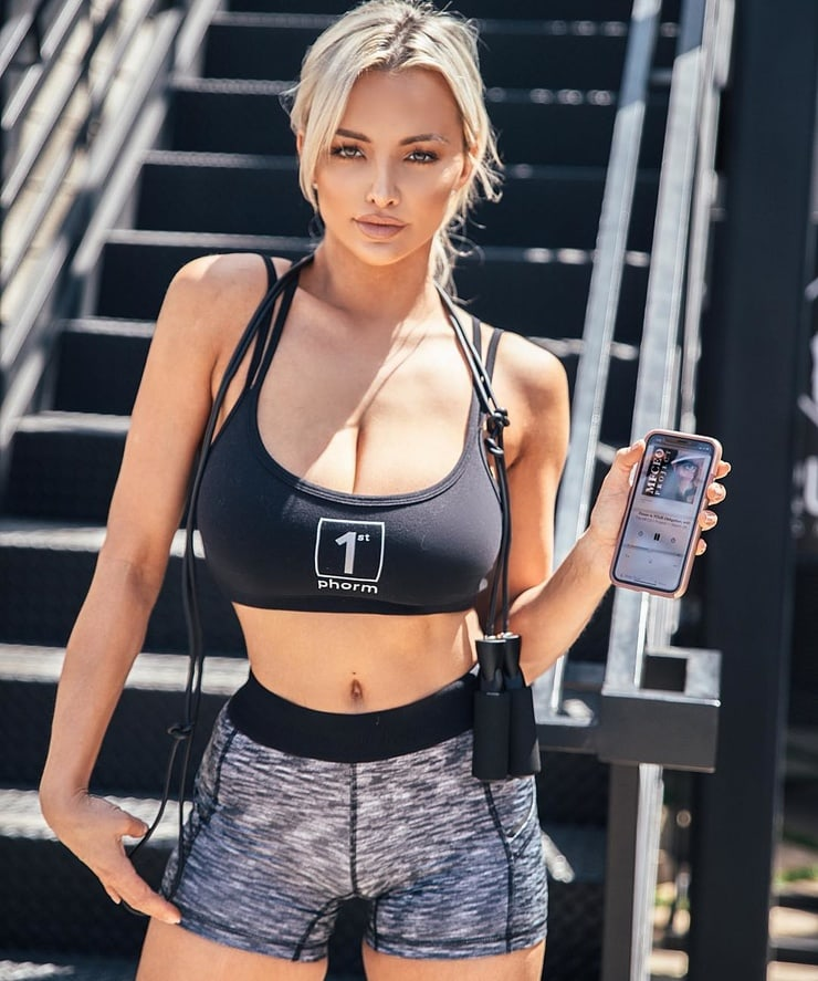 Линдси пелас (палас) - биография и фото фитнес модели