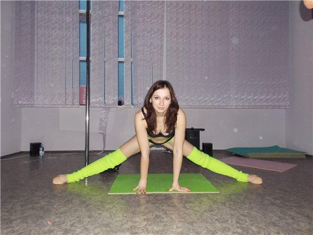 Упражнения для растяжки шпагата, чтобы быстро сесть на шпагат с нуля