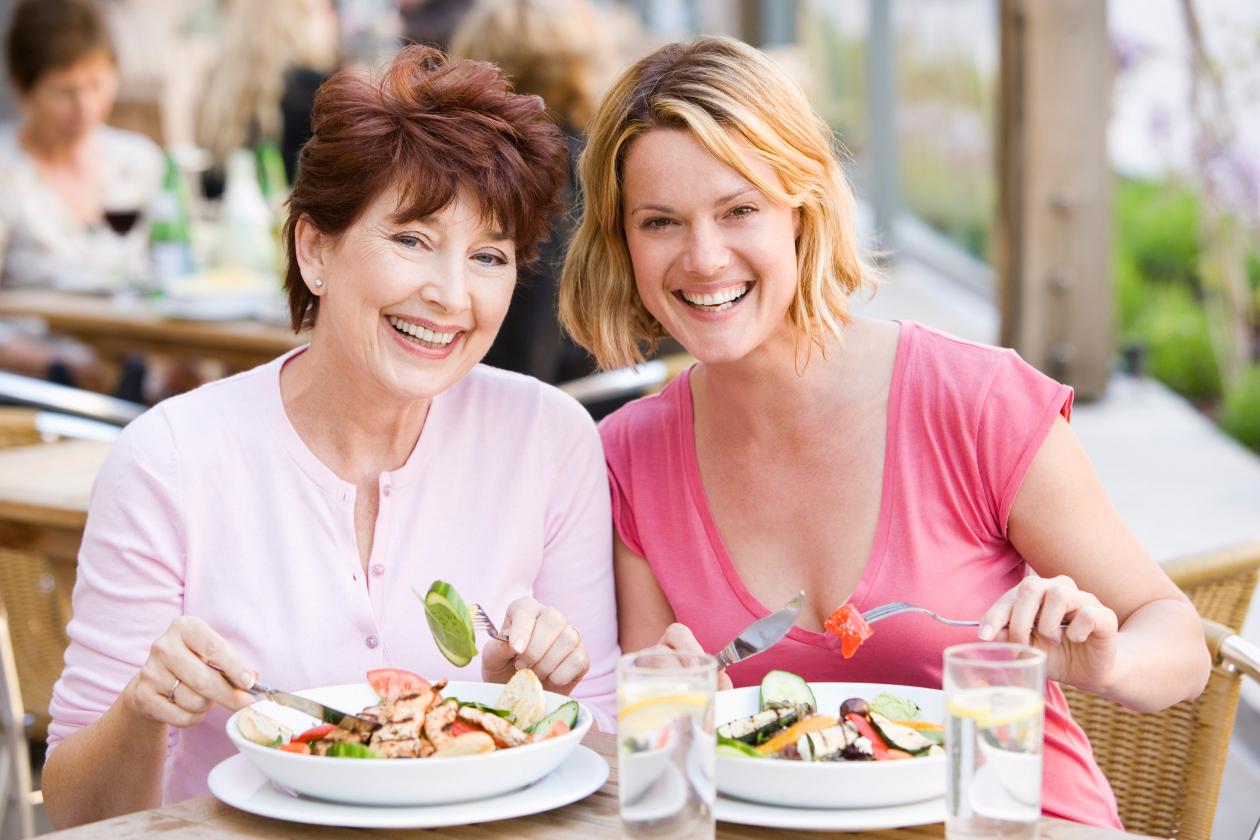 Секреты питания и образа жизни долгожителей: им больше 100 лет