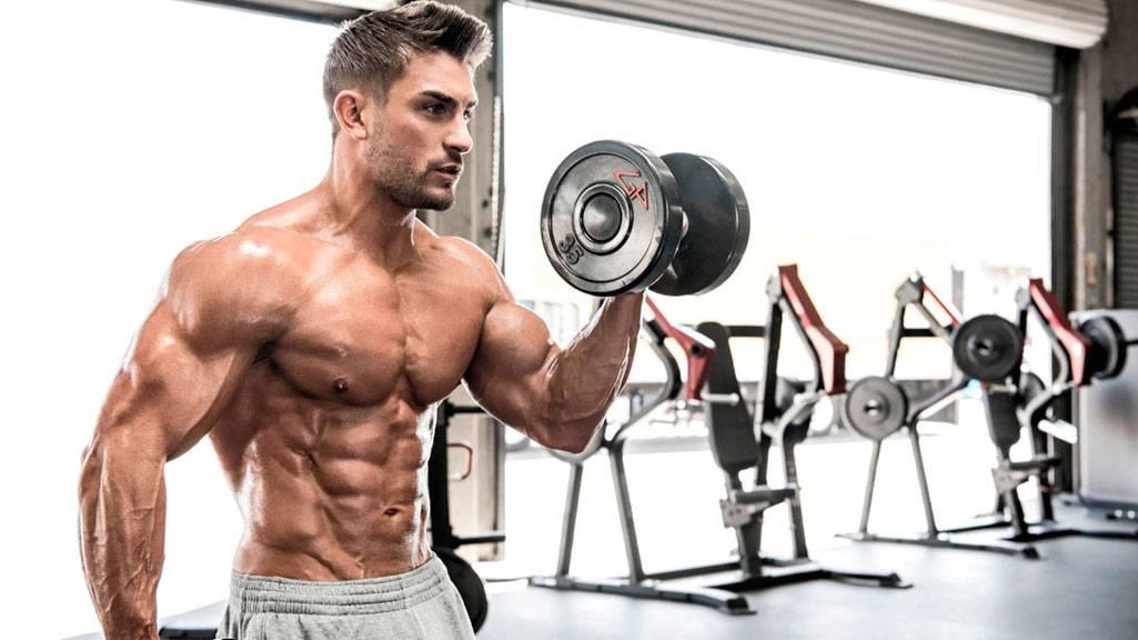 Жиросжигающая тренировка для мужчин - дома и в тренажерном зале