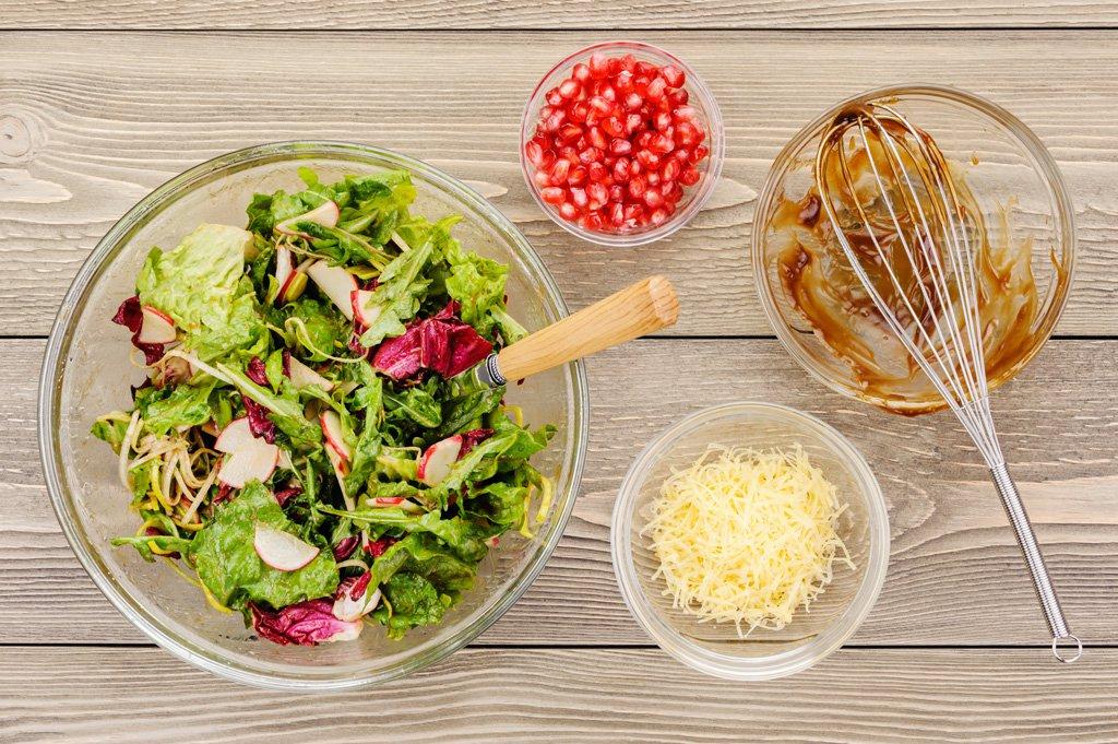 Чем заменить майонез в салате: рецепты заправок в домашних условиях и фото