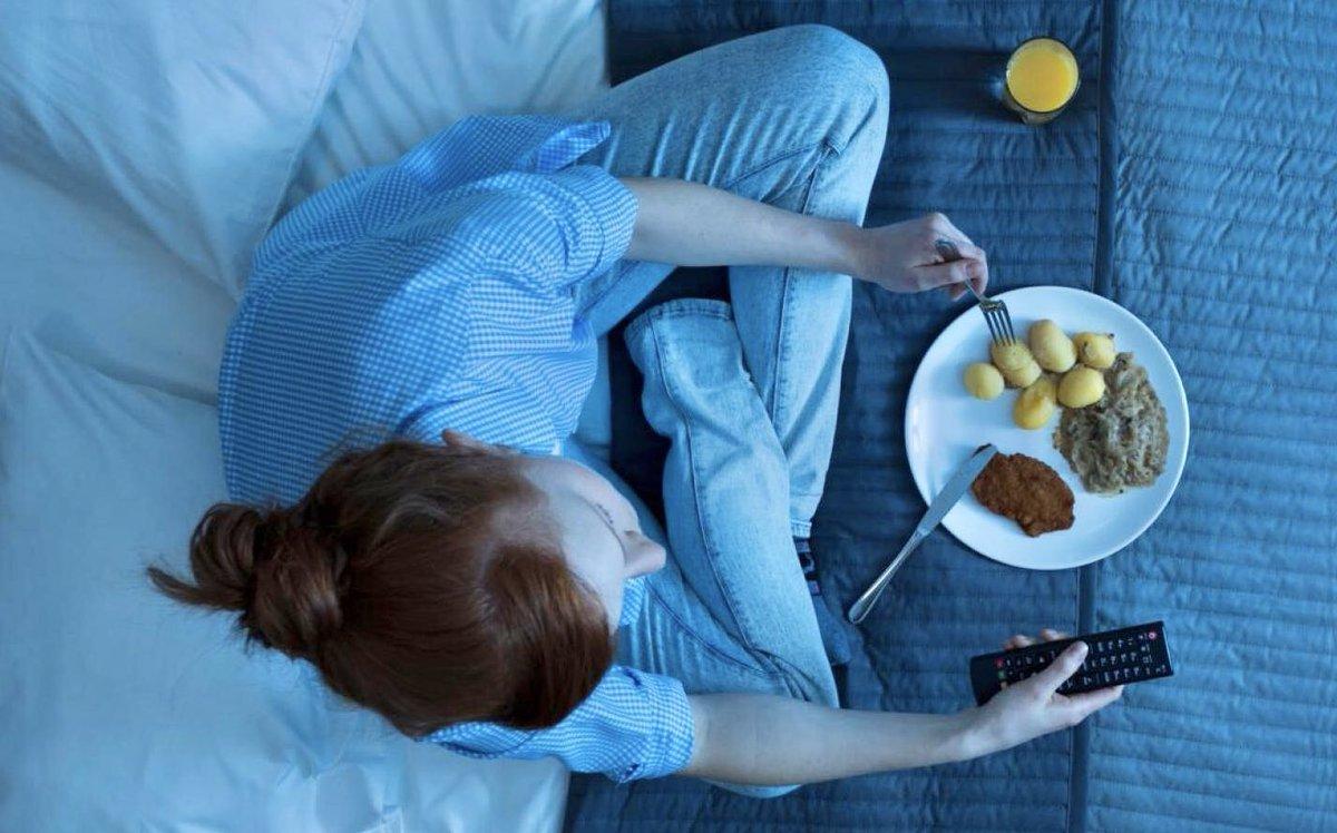 Правильный ужин: что можно есть перед сном и что нельзя