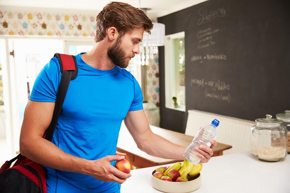 Как эффективно питаться до и после тренировки