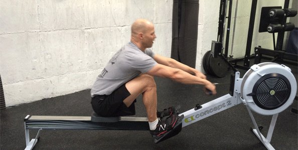 Гребной тренажер: какие мышцы работают в упражнении, польза и вред от тренировок