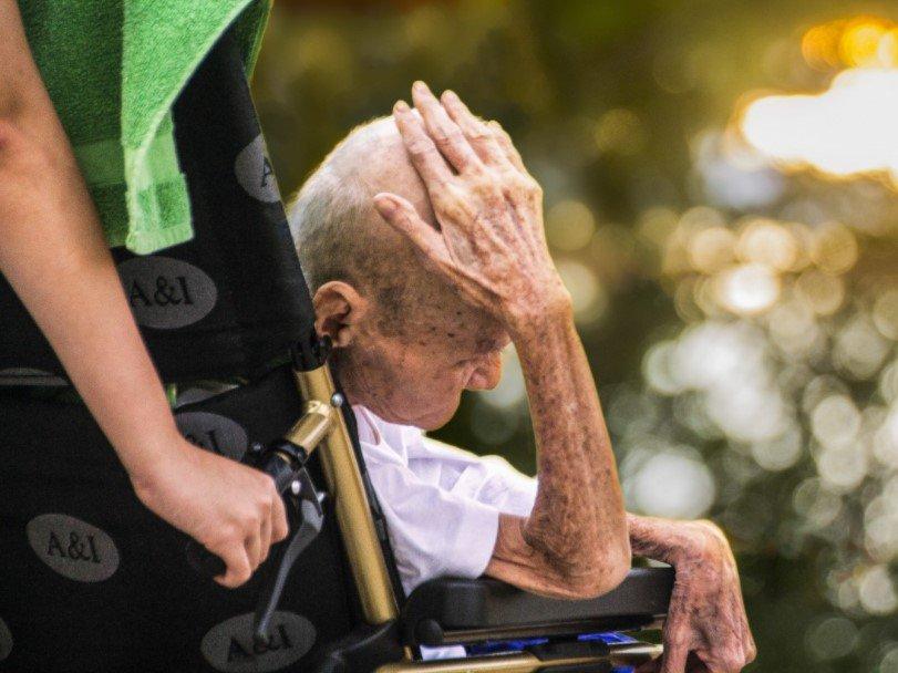 «человек стареет не годами, а ногами», или возрастная физиология сосудов