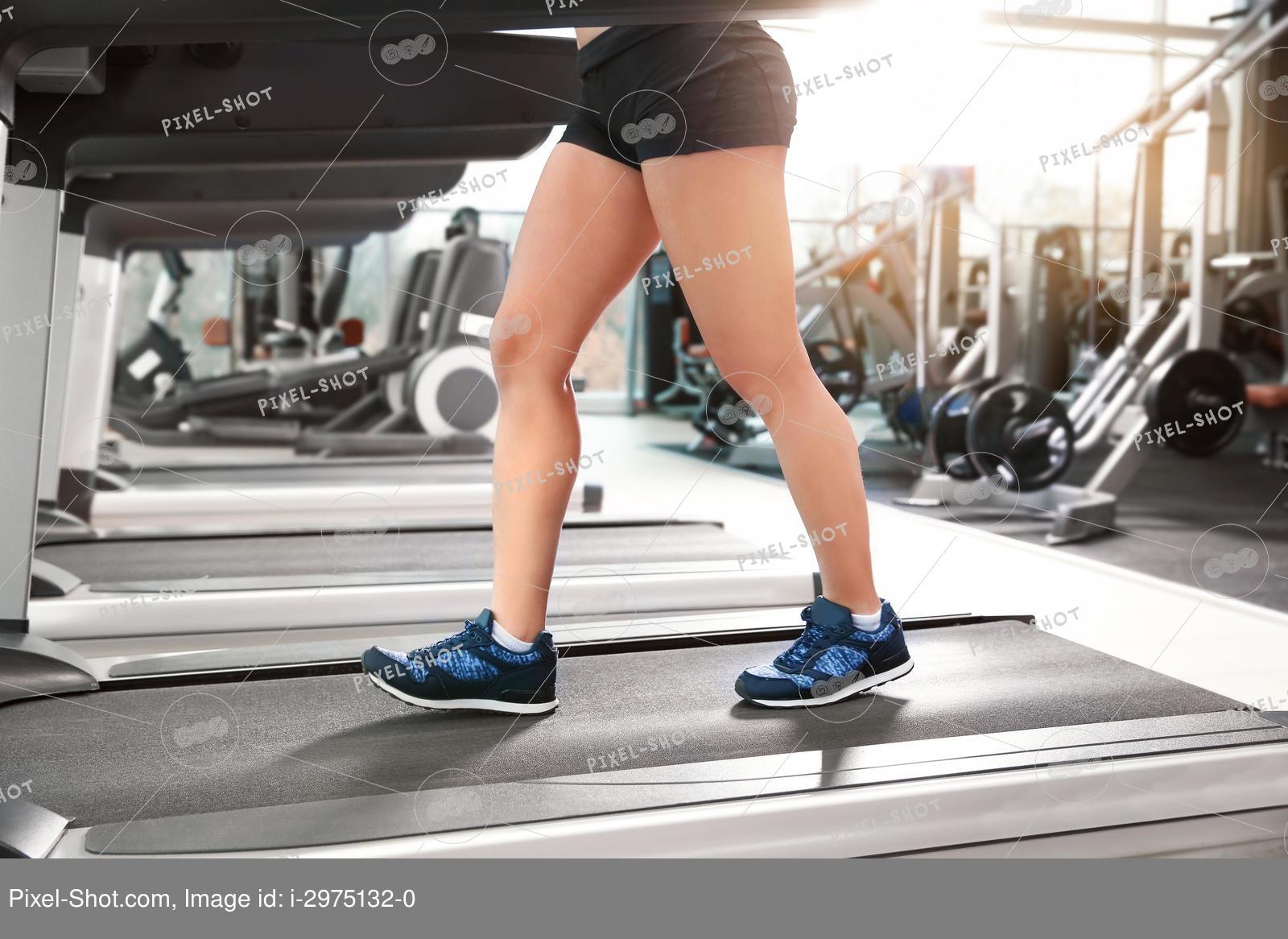 Беговая дорожка для похудения: как правильно бегать и ходить
