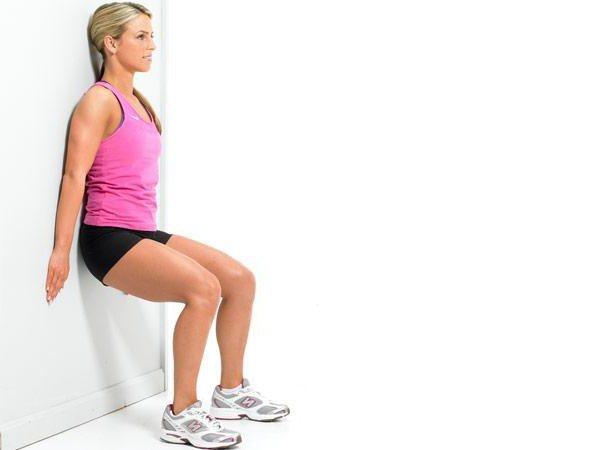 Упражнение стульчик у стены, какие мышцы работают. как делать упражнение стульчик   здоровое питание