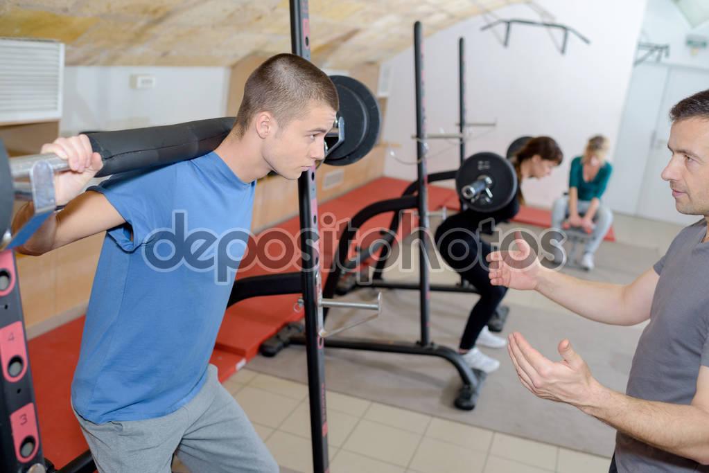 Фитнес для подростков: программа тренировок и правильное питание