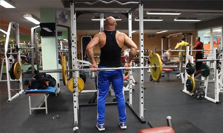 Как делать становую тягу на одной ноге, румынскую тягу и мертвую тягу?