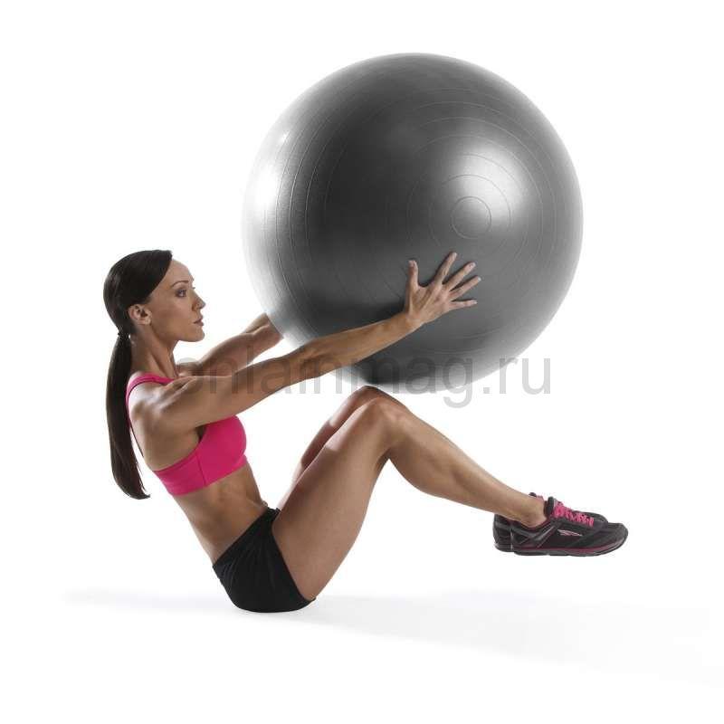 Фитбол: как выбрать большой мяч для фитнеса