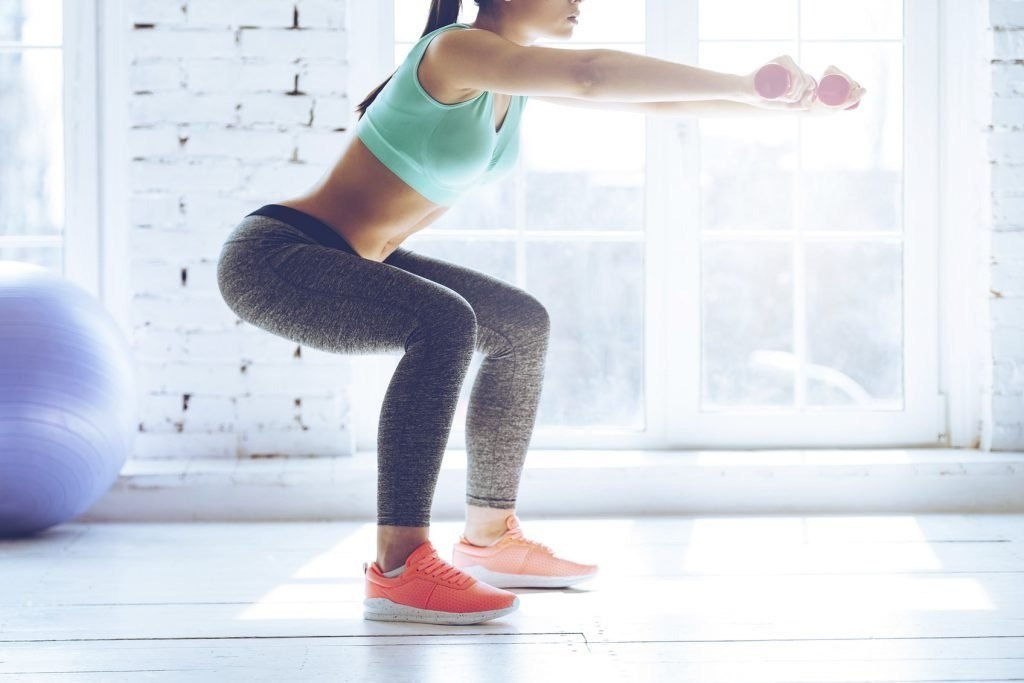 Как накачать попу без приседаний, если болят колени