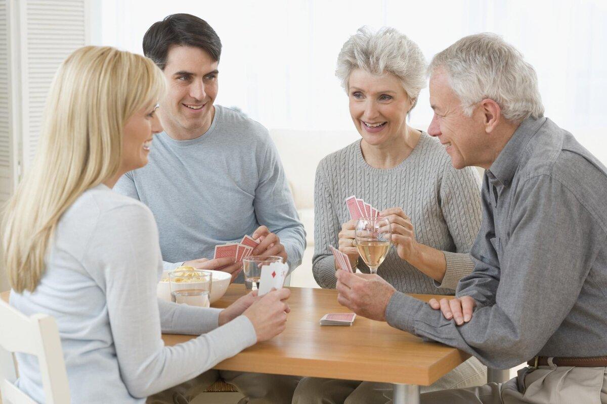 Старые дети: почему мыостаемся сродителями, когда нам уже далеко невосемнадцать