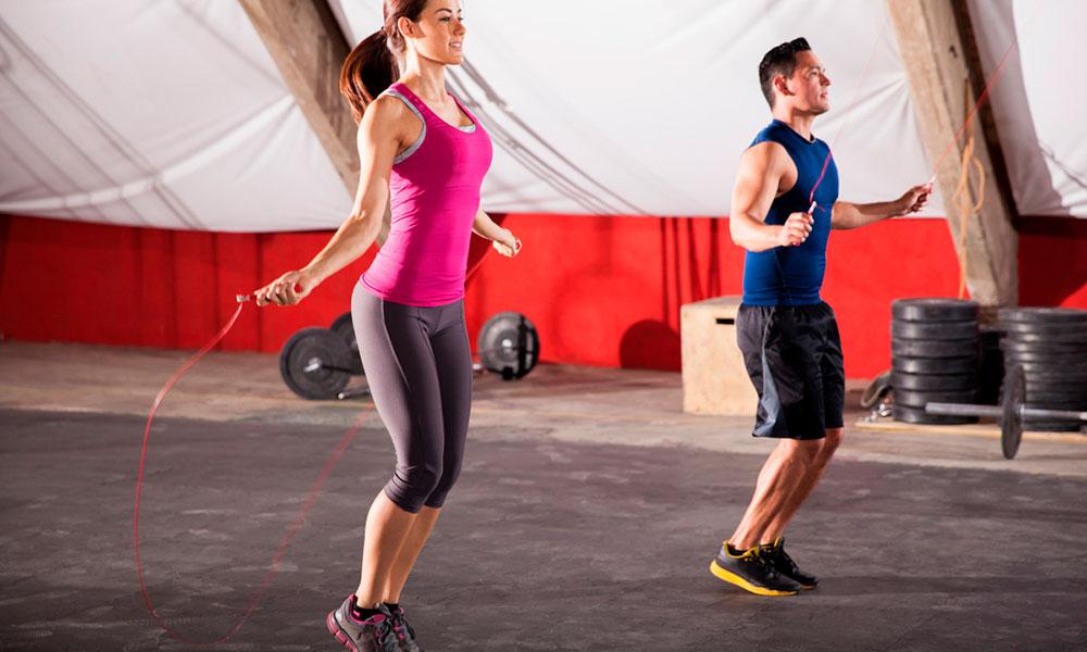Стремление к идеалу: какая кардио тренировка для сжигания жира в домашних условиях у мужчин — лучшая?