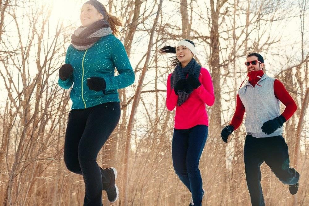 В каких кроссовках бегать осенью? выбор редакции ногибоги