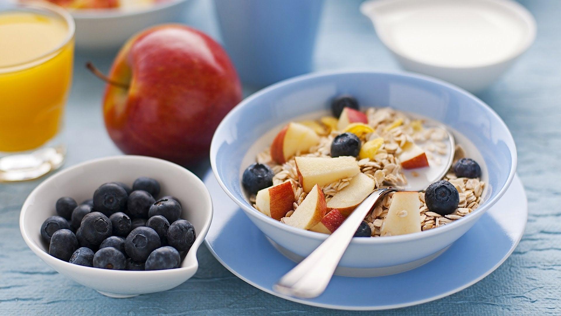 Что полезно есть на завтрак, главные правила, варианты завтраков