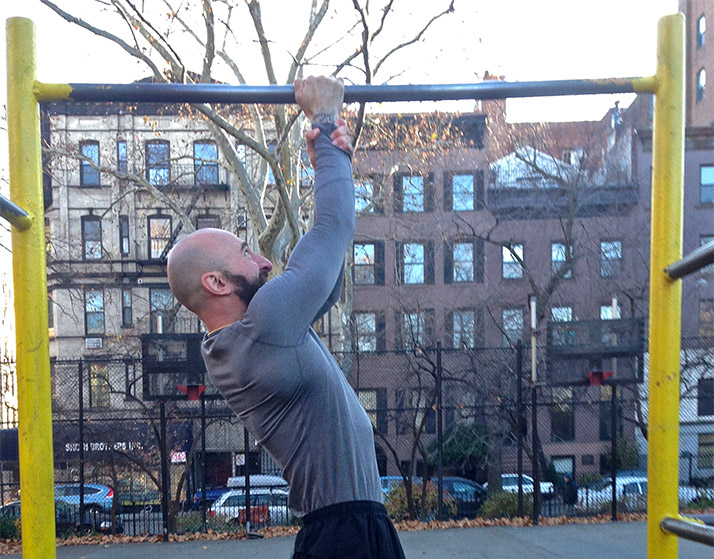 Как научиться подтягиваться на одной руке, подтягивания на одной руке