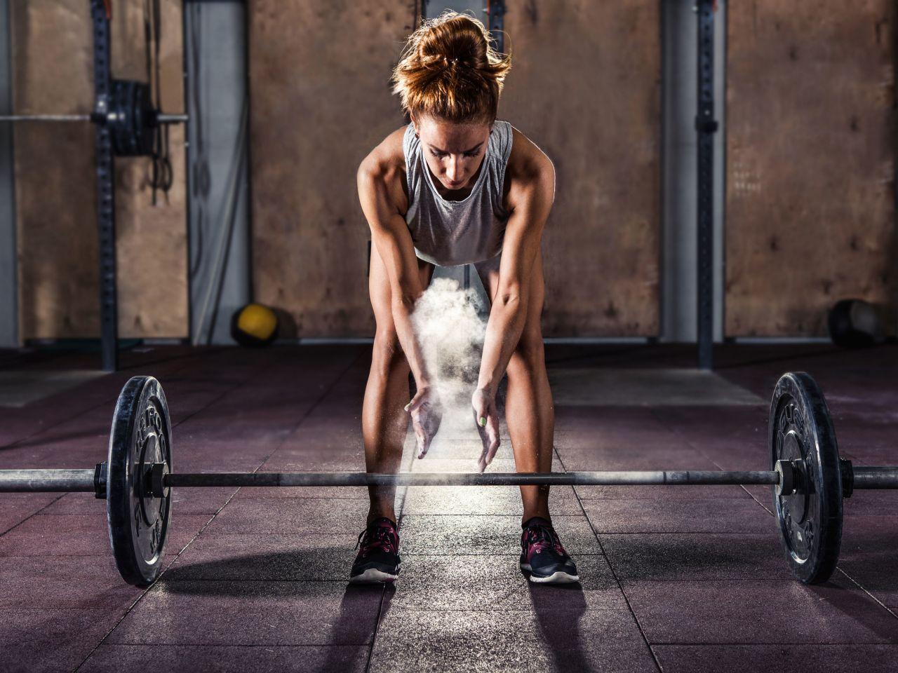 Что такое кроссфит для женщин: польза и вред кроссфита