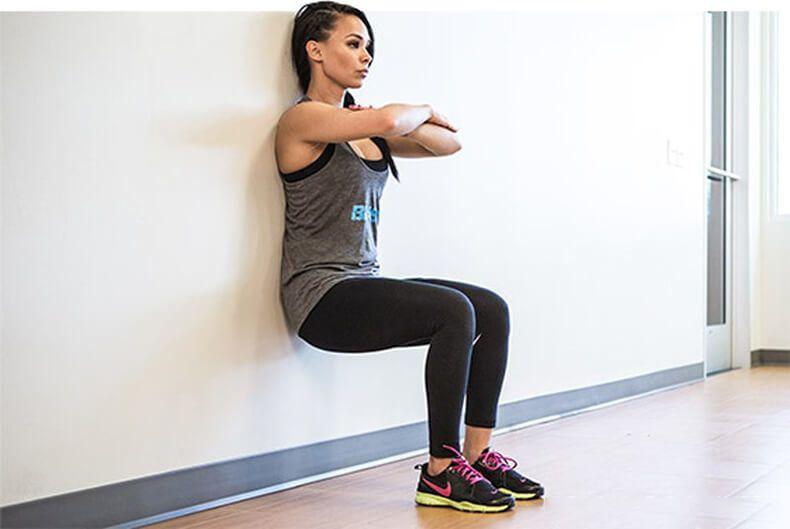 Упражнение стульчик без стены
