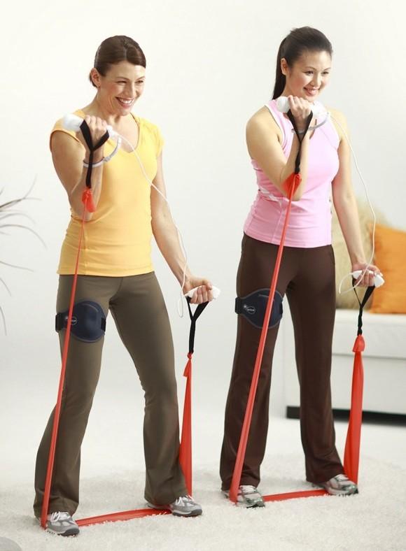 Эластичная лента: 25 лучших упражнений для женщин и мужчин в домашних условиях