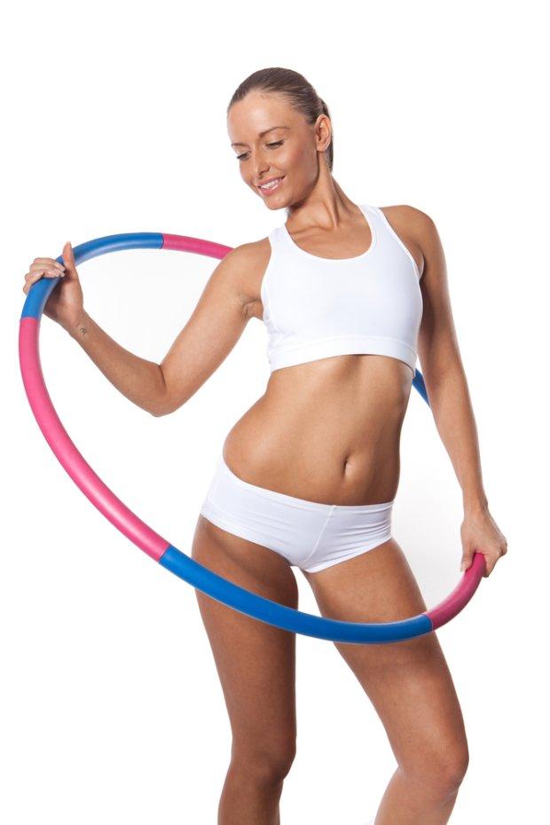 Комплекс упражнений с обручем для похудения