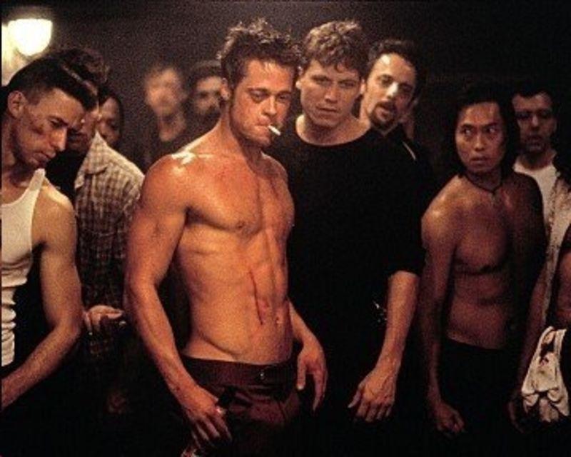 Комплекс упражнений знаменитостей: брэд питт в бойцовском клубе. брэд питт: все трансформации тела актера