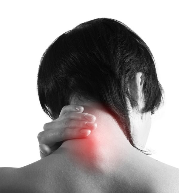 Шишка на шее: симптомы, причины, лечение