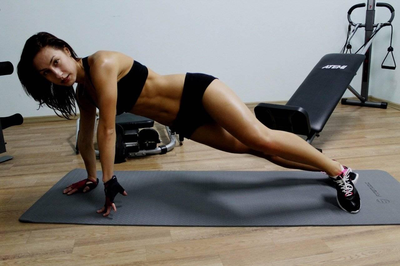Круговая тренировка мужчинам и девушкам на все тело для жиросжигания