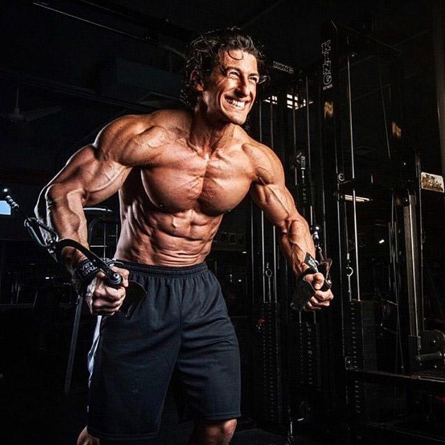 Садик хадзович. фитнес - модель сэдик хадзович (sadik hadzovic) рассказывает о своем питании и программе тренировок.   фитнес для похудения