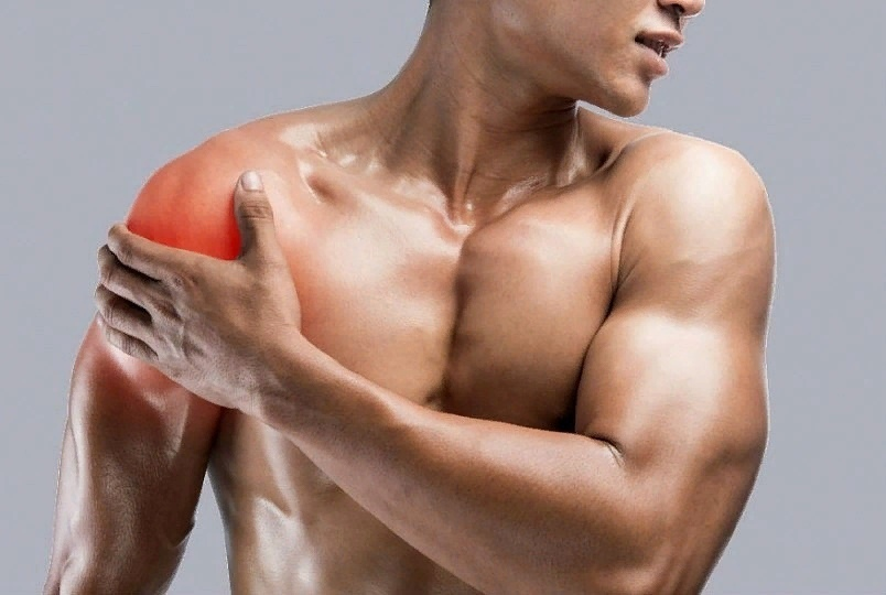 Зачем девушкам мышцы? разобрались, какие номинации есть в женском бодибилдинге и кто в них выступает