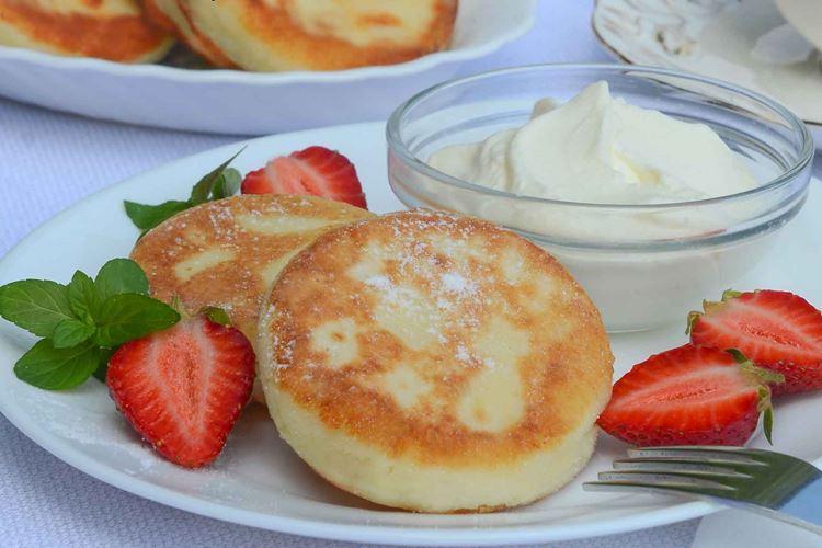 Сырники из творога в духовке — 10 вкусных рецептов
