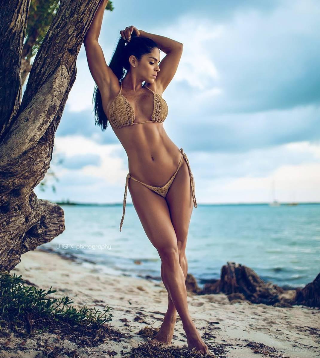 """Фитнес-модель мишель левин сбросила одежду и показала свои самые сочные места: """"cuerpo perfecto!"""""""