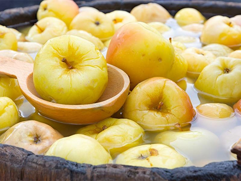 Почему на яблоках восковой налет