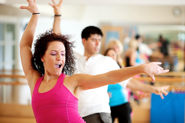 Особенности аэробики для похудения: танцевальные занятия под музыку, структура занятий, отзывы