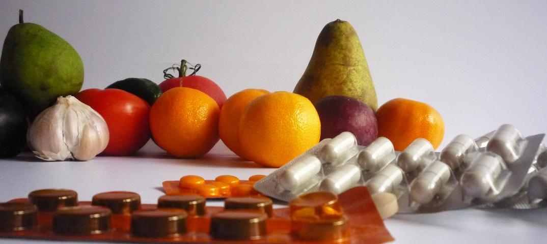 Поливитамины. поливитаминные комплексы. польза поливитаминов. описание витаминов. побочные эффекты. выбираем поливитамины