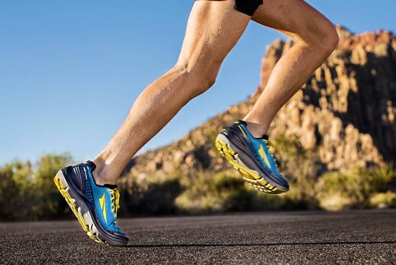 Топ-10 кроссовок для бега по асфальту 2020 года