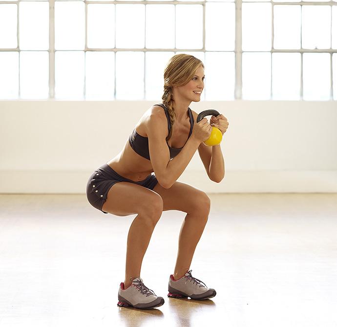 Приседания для девушек: техника выполнения и польза упражнения для похудения