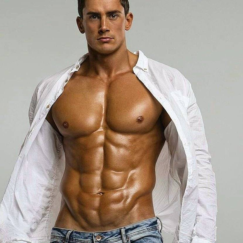 Как представляли идеальное мужское тело в разные времена | brodude.ru